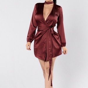 Burgundy short silky Fashion Nova dress